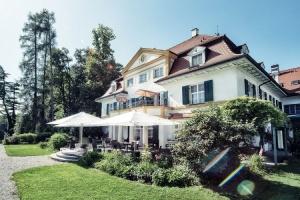 Biohotel Schlossgut Oberambach mit neu entwickeltem Farbkonzept