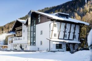 Hoteltipp: 4-Sterne Superior Hotel Valluga in St. Anton am Arlberg